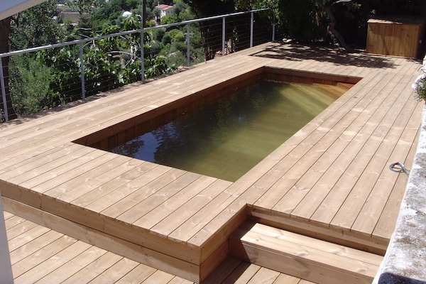 Piscine semi enteree natura